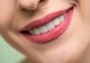 Jak dbać o zdrowe i białe zęby?