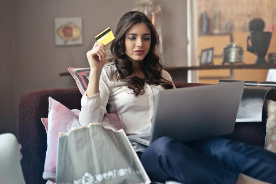 Kupowanie rzeczy przez Internet