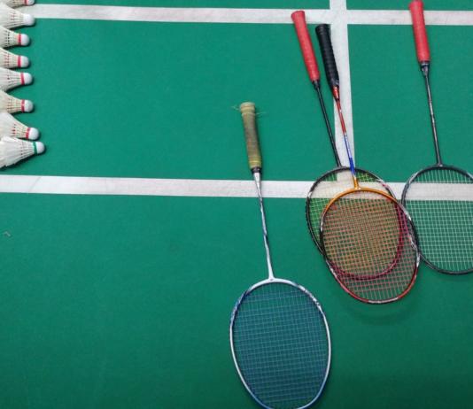 rakiety do badmintona dla początkujących